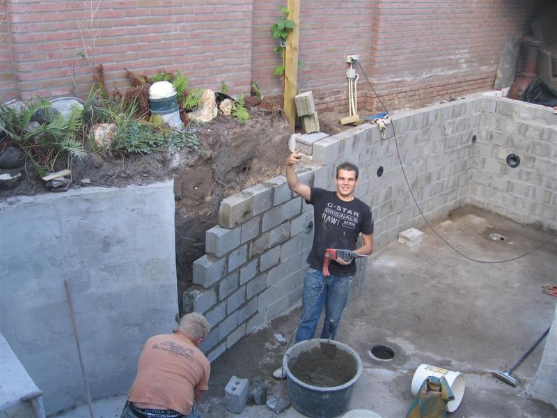 Forums vijver aanleg ontwerp show je tuin for Zelf zwembad bouwen betonblokken